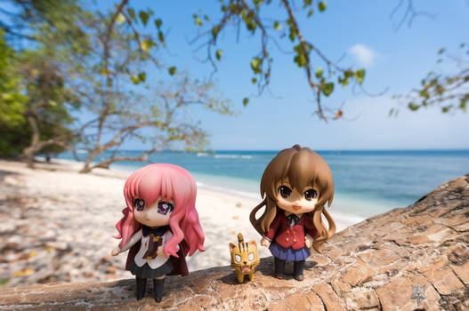 Louise and Taiga in Pangandaran - 3
