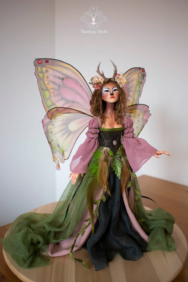 Fauve, deer fairy
