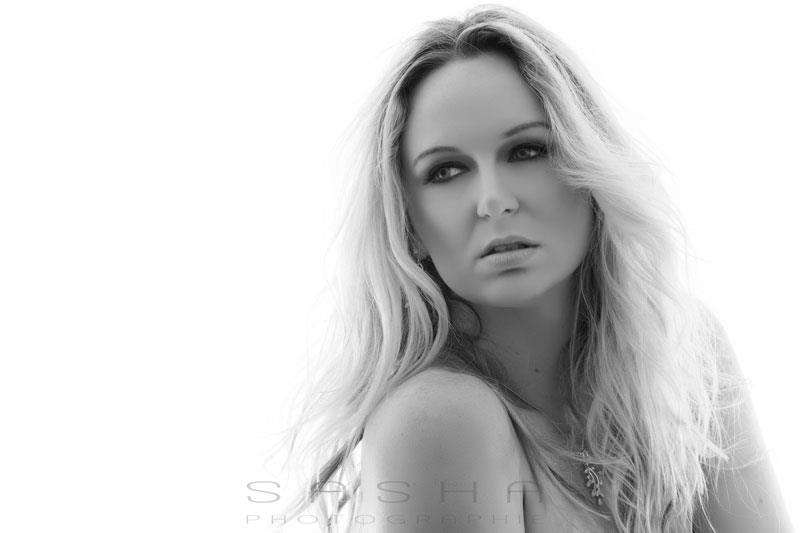 Black and White Beauty Shot by KellyKooper