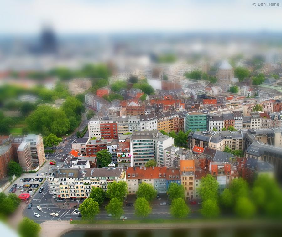 Miniature - 3 by BenHeine
