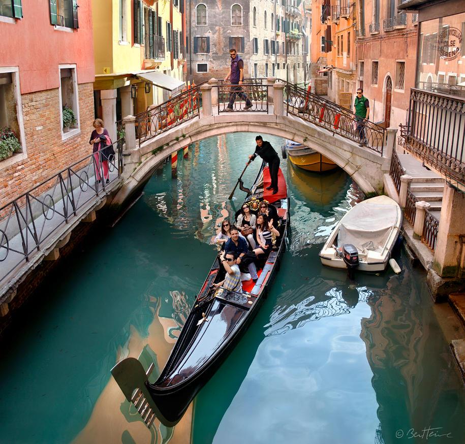 Venetian Lifestyle by BenHeine