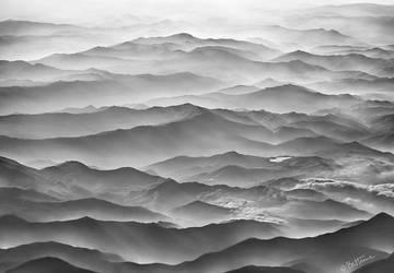 Ocean Mountains by BenHeine