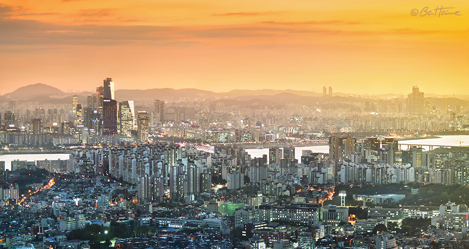 Seoul Panorama by BenHeine
