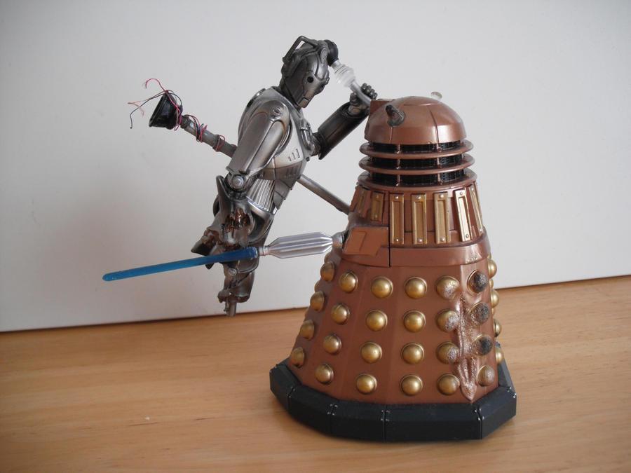 Custom Doomsday figure Dalek vs Cyberman 1 by Will1885
