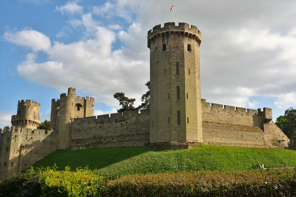 Guy's Tower, Warwick Castle by Irondoors