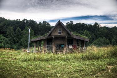the hut by BiOzZ