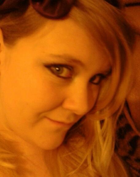 PetiteAngelLove's Profile Picture