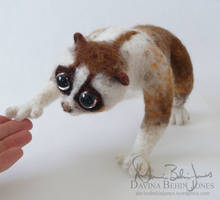 Felted loris the second by FamiliarOddlings