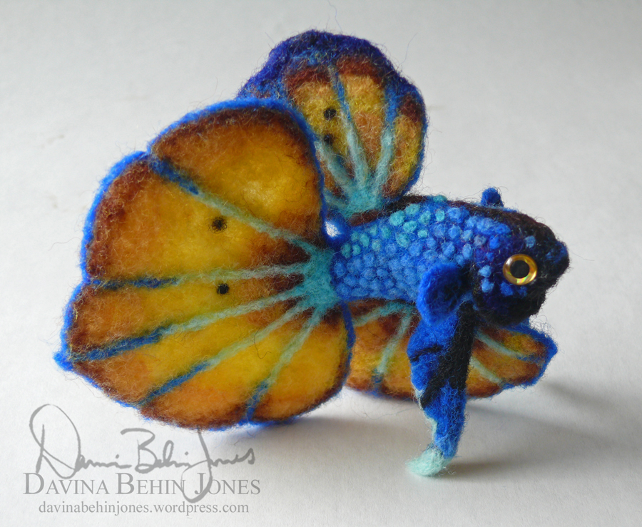 Betta - blue and yellow spade by FamiliarOddlings