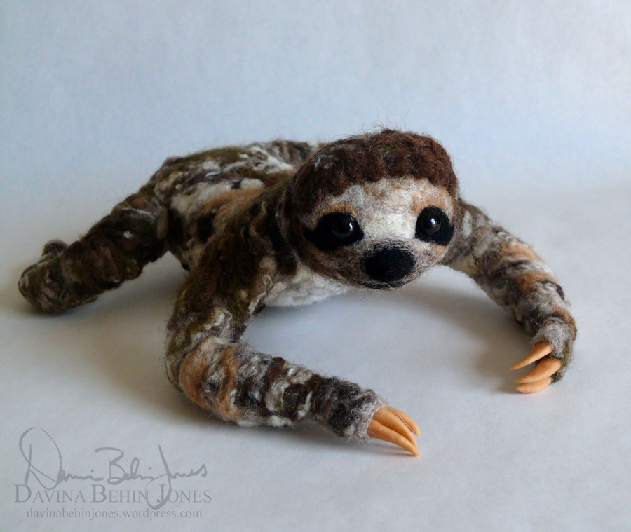 Male Three Toed Sloth by FamiliarOddlings
