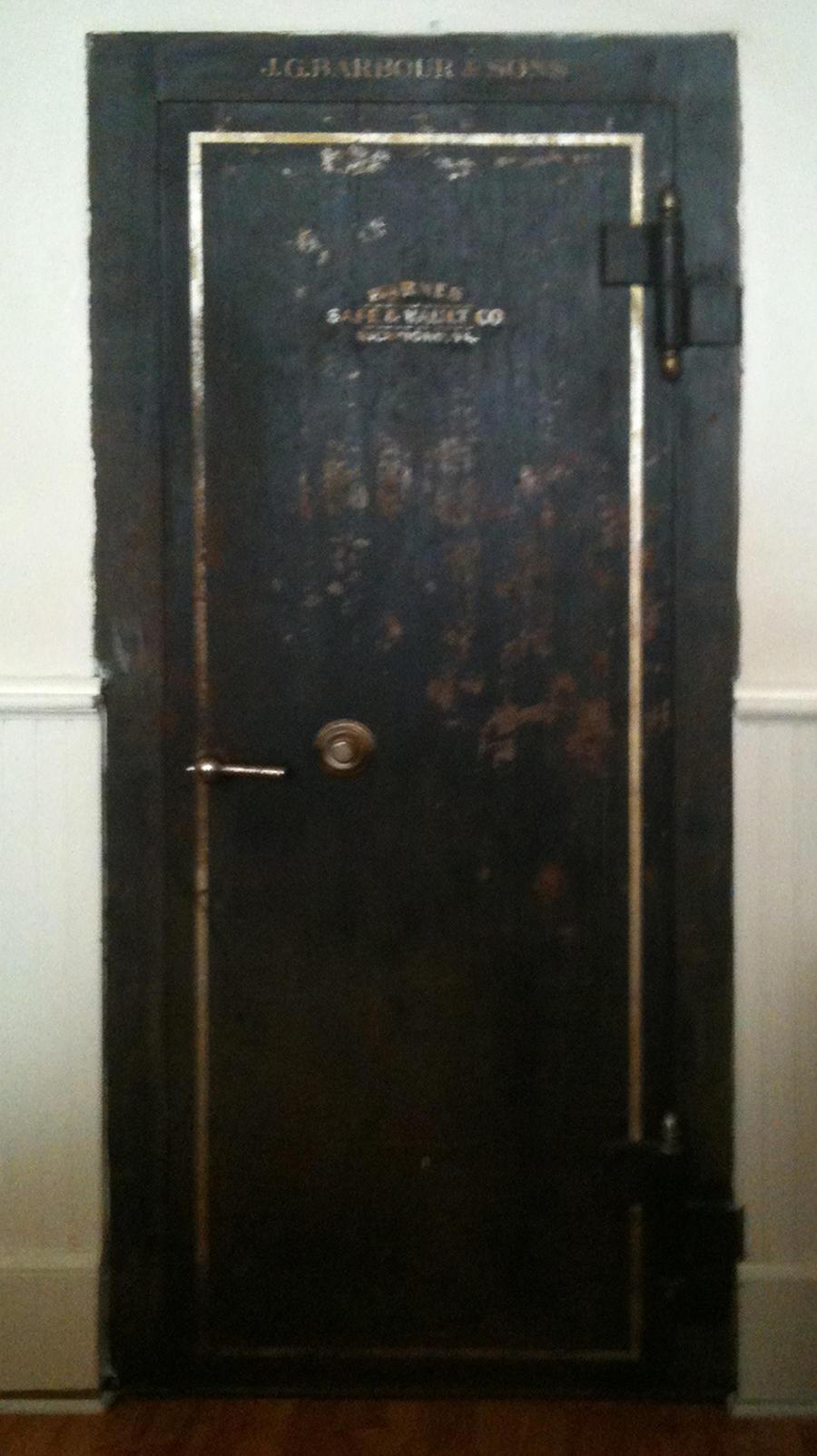 Old Metal Door : Old rusted metal walk in safe door steampunk by eveyd on