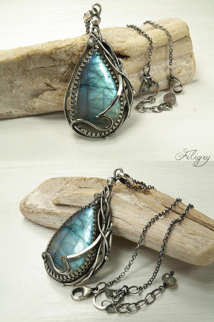 Water Goddesses - Labradorite Pendant by FILIGRY