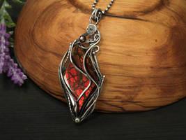Velina-Ammolite Pendant by FILIGRY