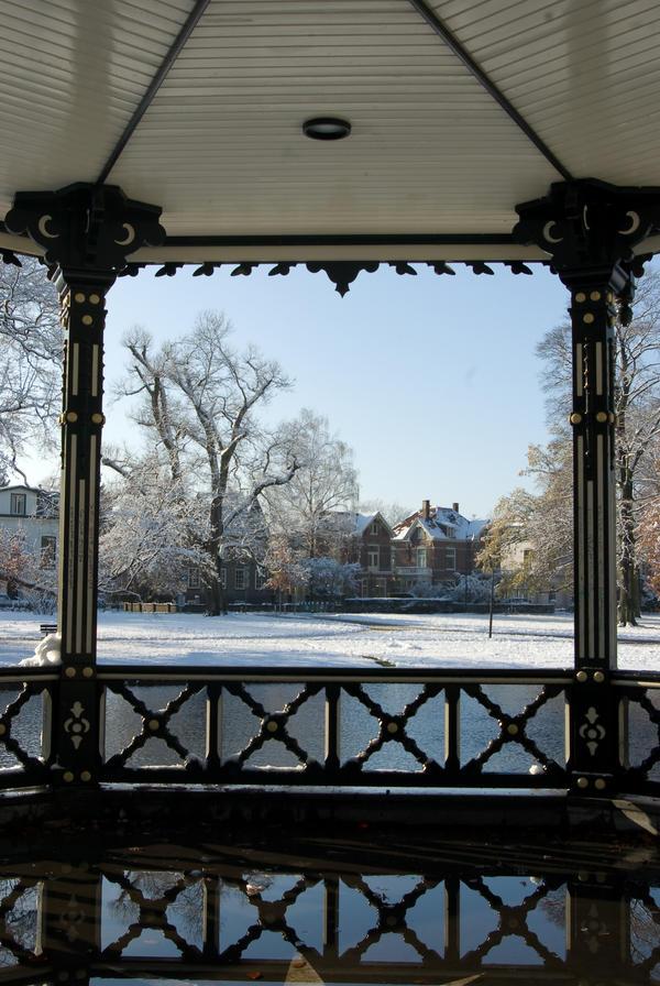 Kiosk Snow-Window 2 by steppelandstock