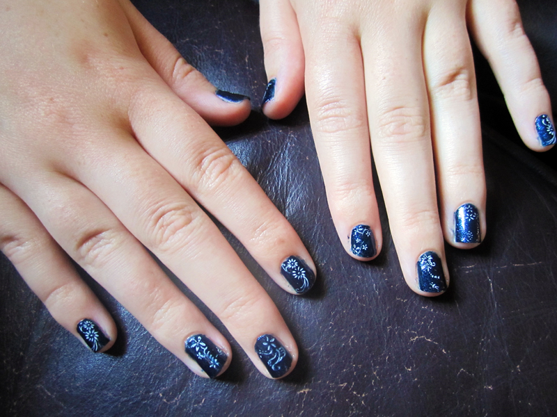 Navy Blue + White Nail Art by soyoubeauty on DeviantArt