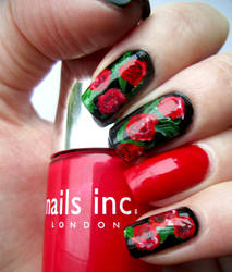 Red Roses Valentines Manicure