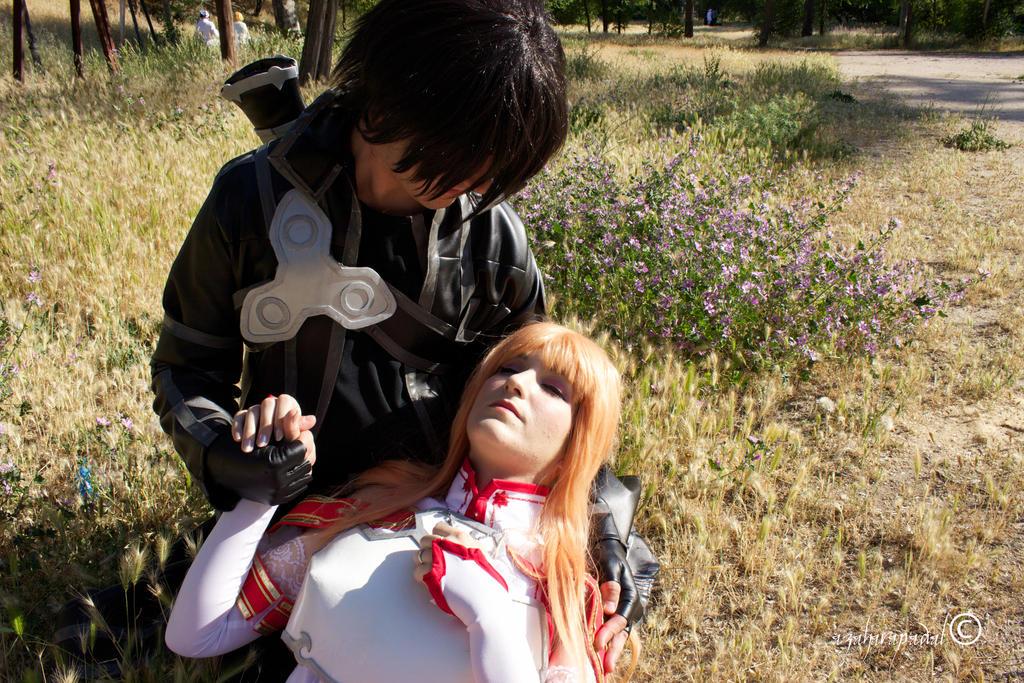 kirito and Asuna by moonlightspirit