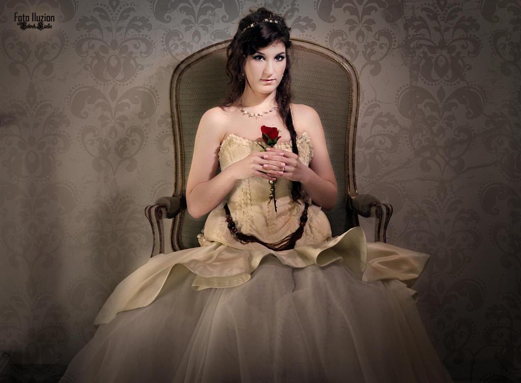 Red Rose by moonlightspirit