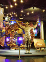 Gagarin statue by fiyonk14