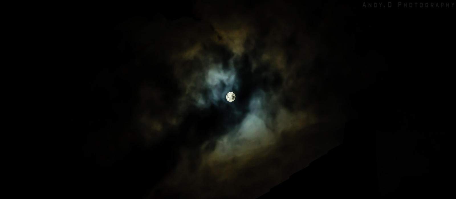 Mystical Moon by TakoroMisashi
