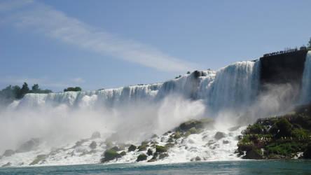 Niagara falls (view from boat)