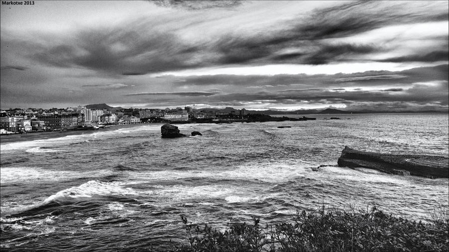 Evening in Biarritz by Markotxe