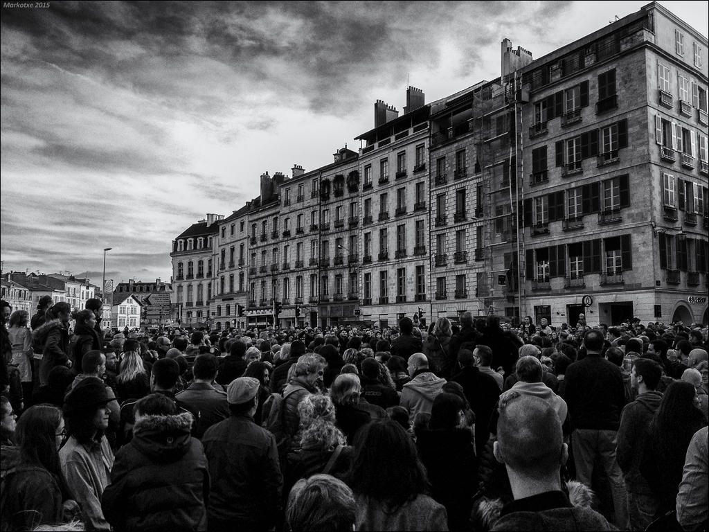Bayonne with Paris by Markotxe