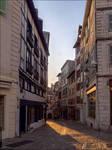Rue du Pilori au petit matin