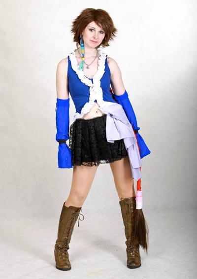 Songstress Yuna Cosplay by SwordofNyx