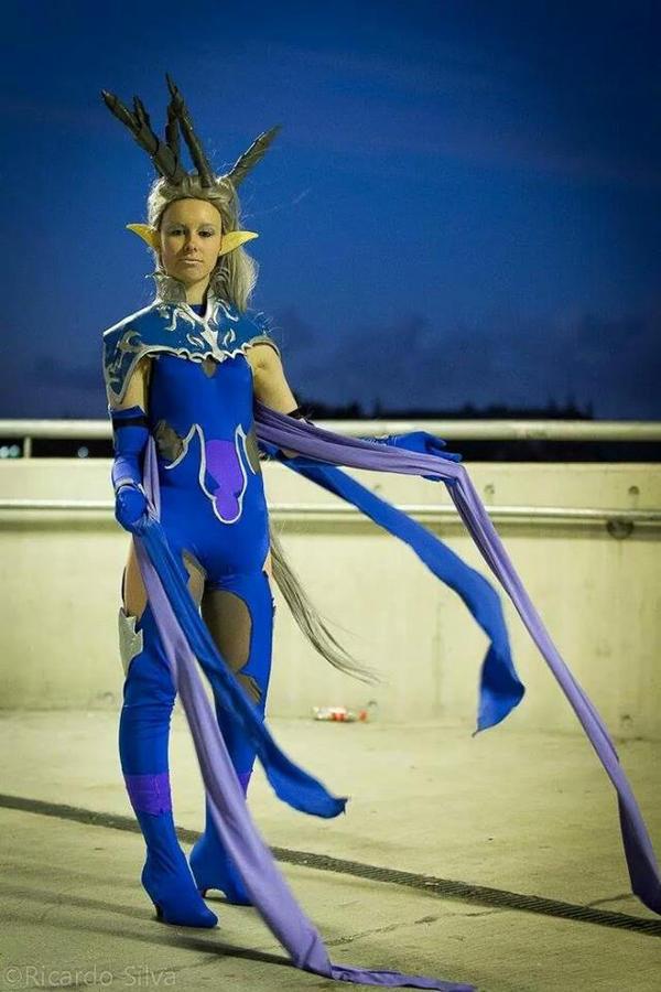 In the wind - Shiva FFXIV cosplay by SwordofNyx