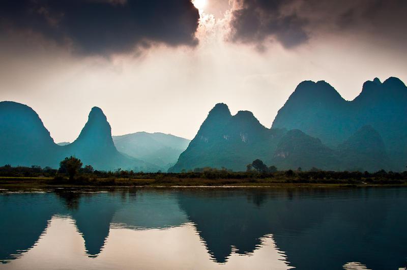 China, Li River by alierturk