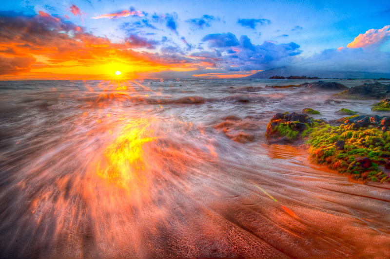 Hawaii, the fire on the water by alierturk
