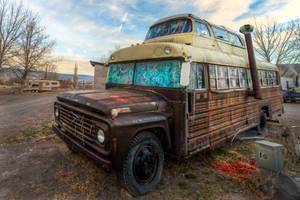 Bus home by alierturk
