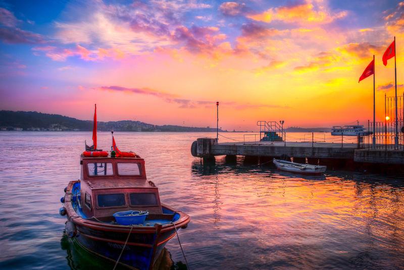 Istanbul, love for Ortakoy by alierturk
