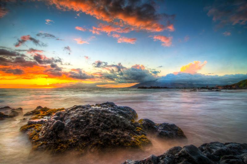 Hawaii, the rocks by alierturk