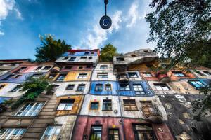 Vienna, Hundertwasserhaus by alierturk