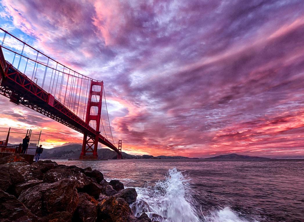 storm of fire, Golden Gate by alierturk