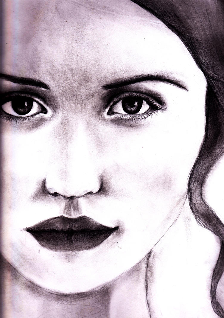Emily Browning by Julie009
