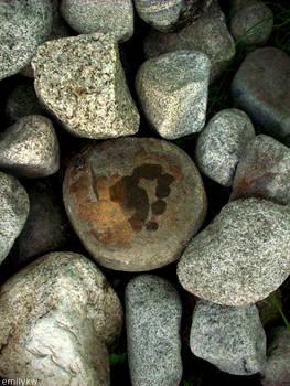 A Memory Stamp Among Rocks