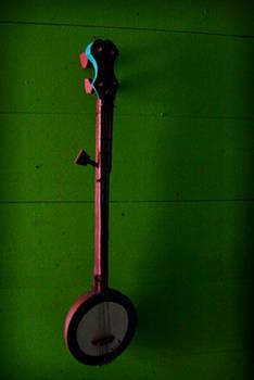 Banjo on green