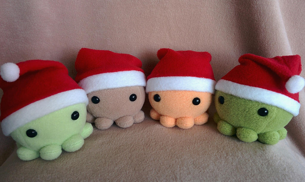 Santa Hat Octopus plush by Yuwi