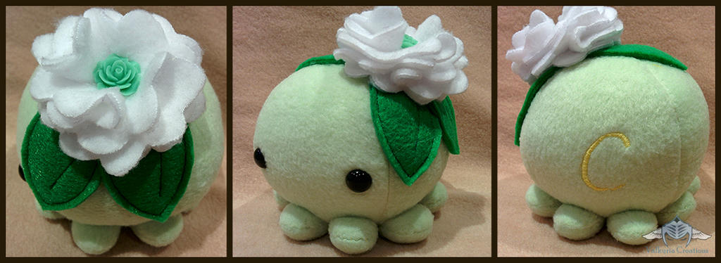 Flower Octo Plush by Yuwi