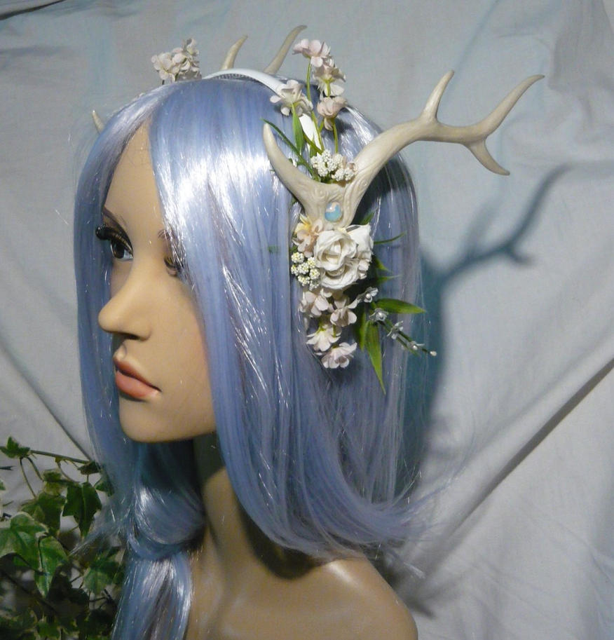 White Kirin - Hairdress with Antlers by Ganjamira