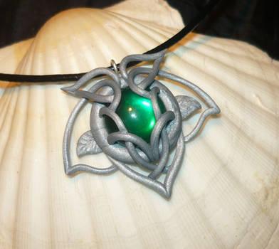 Ivy Light - handsculted Pendant