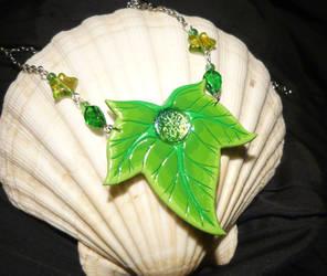 Magic of Ivy - handmade Necklace