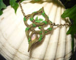 Elven Light - handmade Necklace with Opal