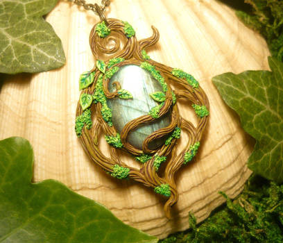 Dryads Lost Heart - handmade Pendant
