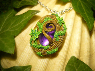 Soul of the Forest - handmade Locket Medaillon by Ganjamira