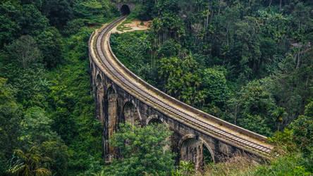 Nine Arch Bridge by Dimen-Zion