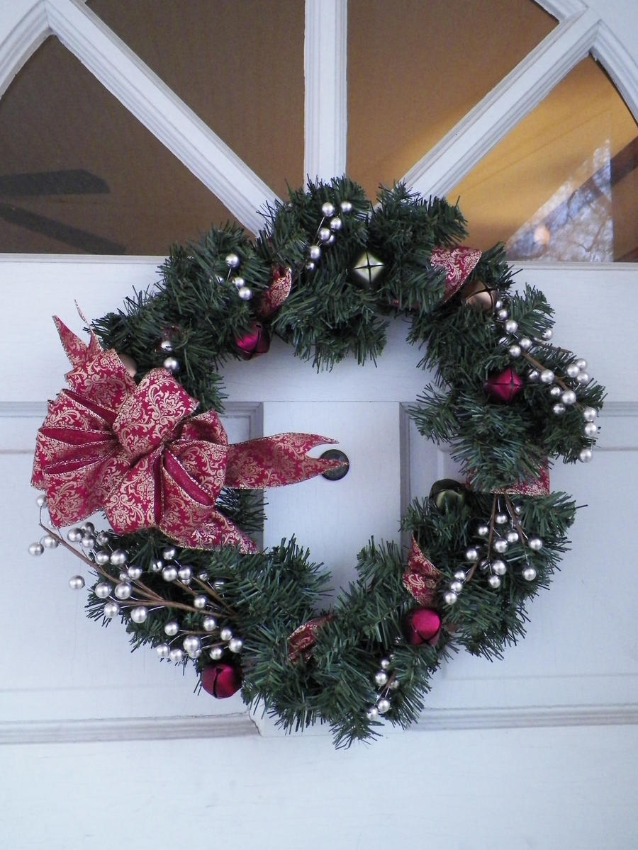 Wreath Stock I by zephyrofgod